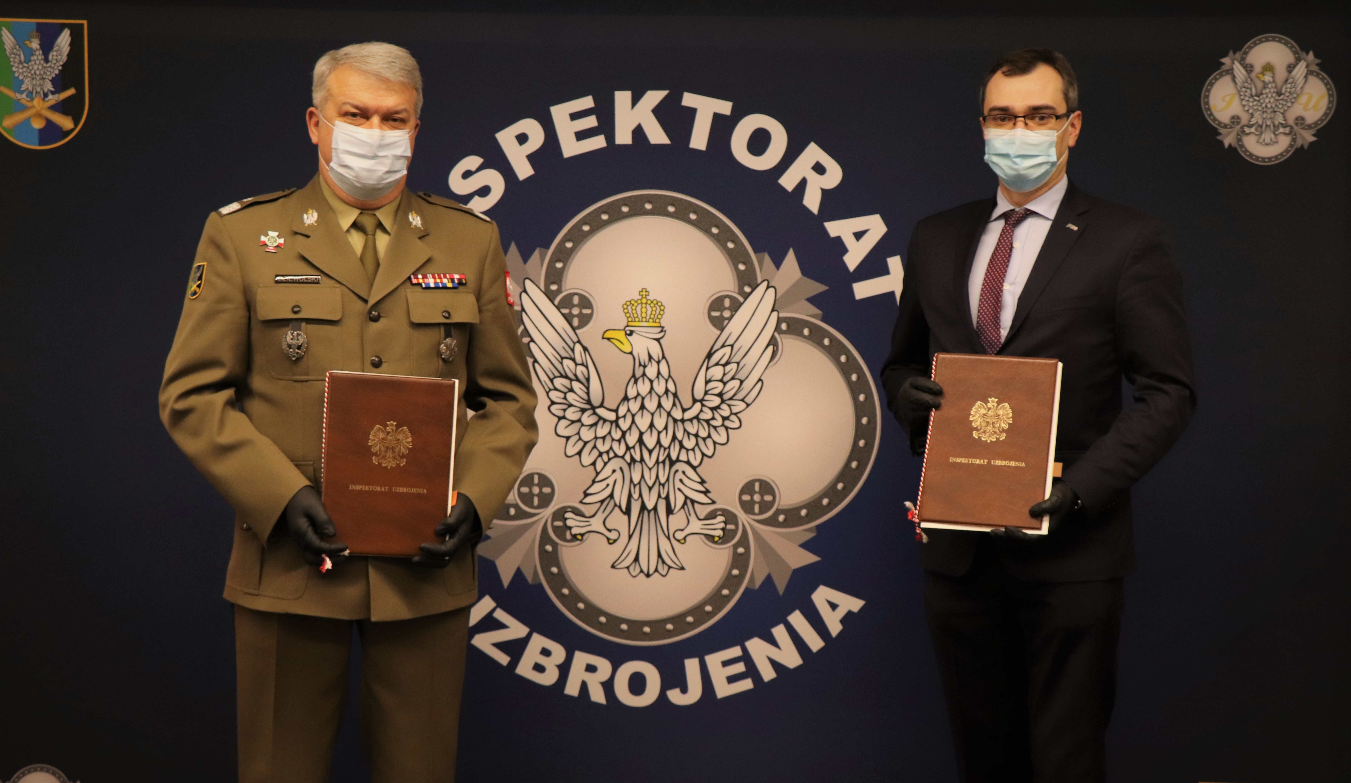 PCO S.A. with a contract for delivery of night vision equipment for the Polish Armed Forces